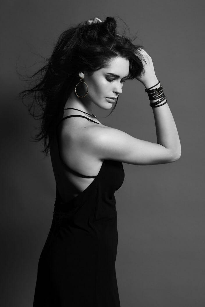 Imagebillede af model med smykker ©fotorgaf Ida Schmidt